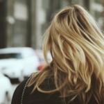 髪の毛が臭い?その原因と対策を徹底解説!