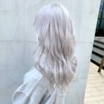 ブリーチで髪を白くしたい人必見!綺麗に白くするためのポイント